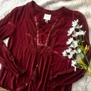 Knox Rose Burgundy Lace-up Peasant Blouse